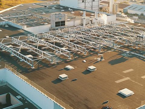 Renforcement bâtiment par toiture